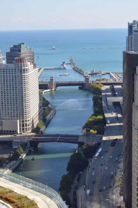 Beware of Chicago Bridge Lift Season