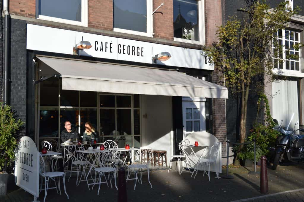 Café George | Travel Blogger | Quiet Travel | Solo Dining in Amsterdam: Where to go DIning Alone